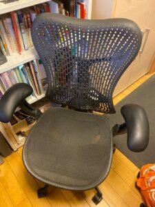 テレワーク用の椅子を購入